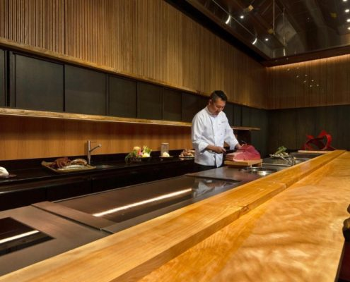 10 Luxury Restaurants You Need To Visit in Singapore